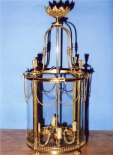 Fabrication de lustre et objets en bronze en Gironde, expert en lustre