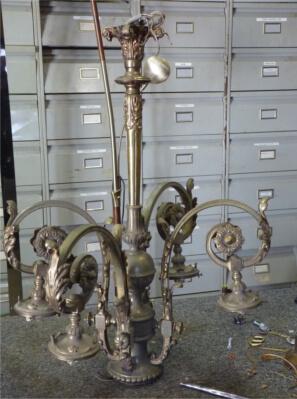 Réparer des lustres anciens et objets en Bronze en Gironde